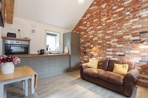 The Hay Store- Kennel Farm Cottages