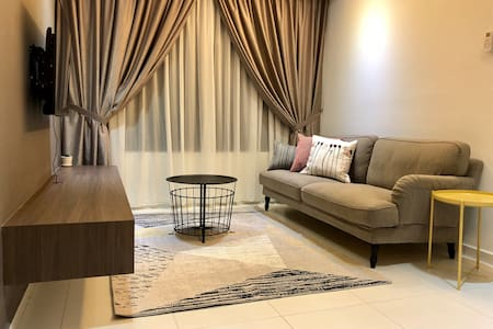 The Heights Residence Homestay