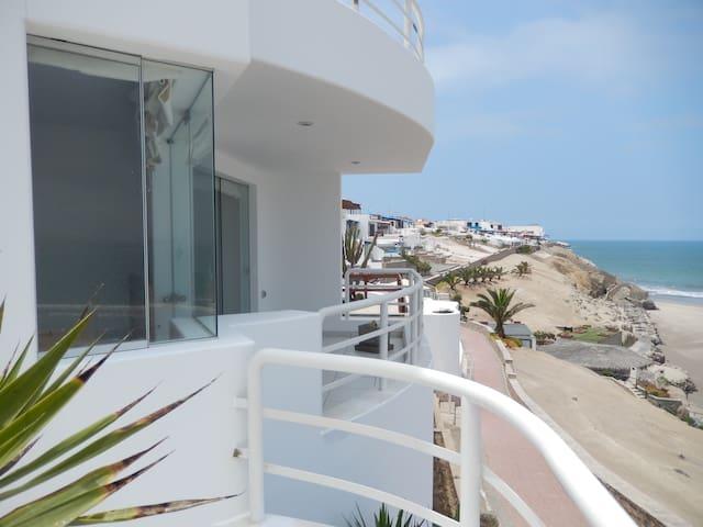 Beach House Puerto Fiel-Lima - Lima - Casa