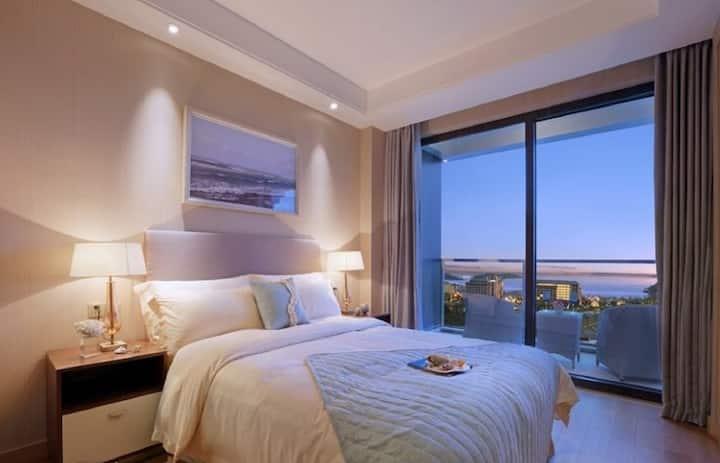 朱家尖东沙绿城两居室四人海景套房--超大阳台(一客一消毒)