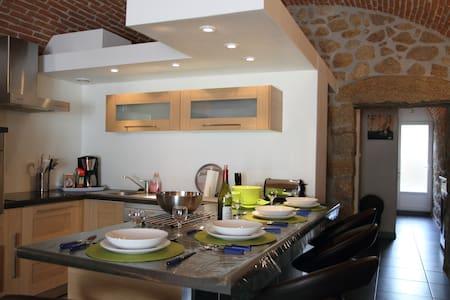 Gîte appartement Briques et pierres Corse-Grosseto - Grosseto-Prugna