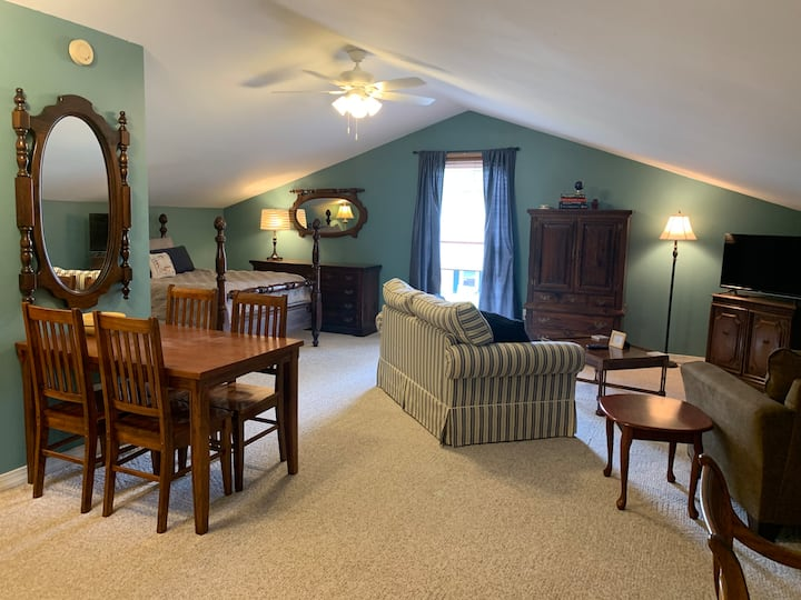 The Marine House Guest Suite