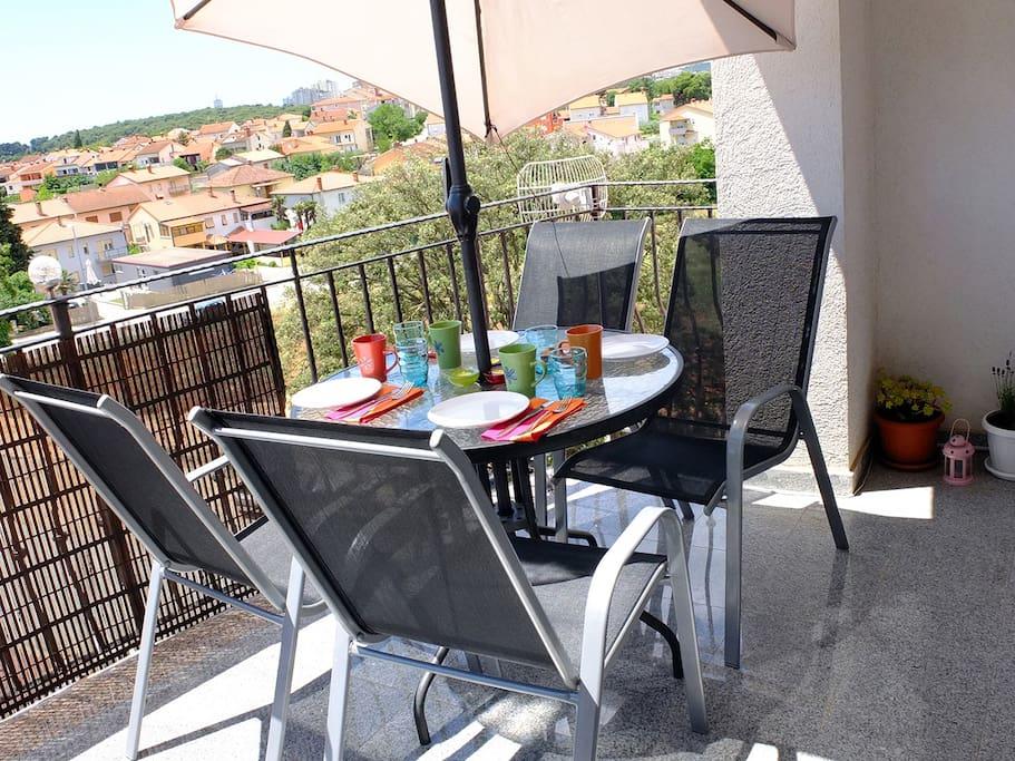 Breakfast balcony city view