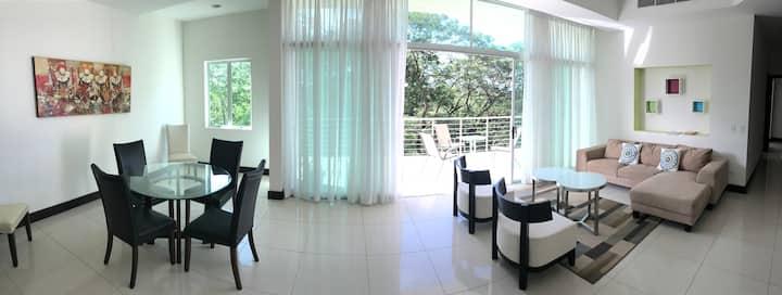 402 Luxury Garden View 2 bedroom 169m2 condominium