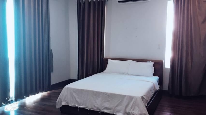 Villa 5 bedrooms in An Viên area (V366)
