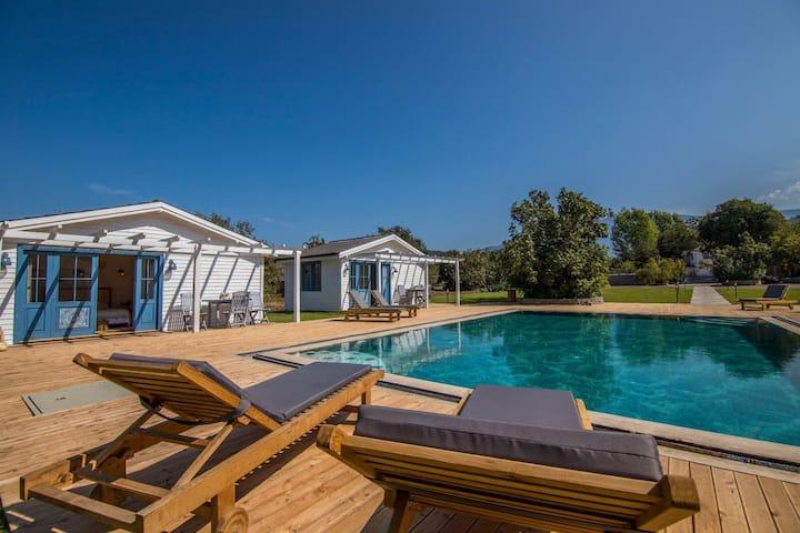 Fethiye Kayaköy'de muhteşem bungalow tesis