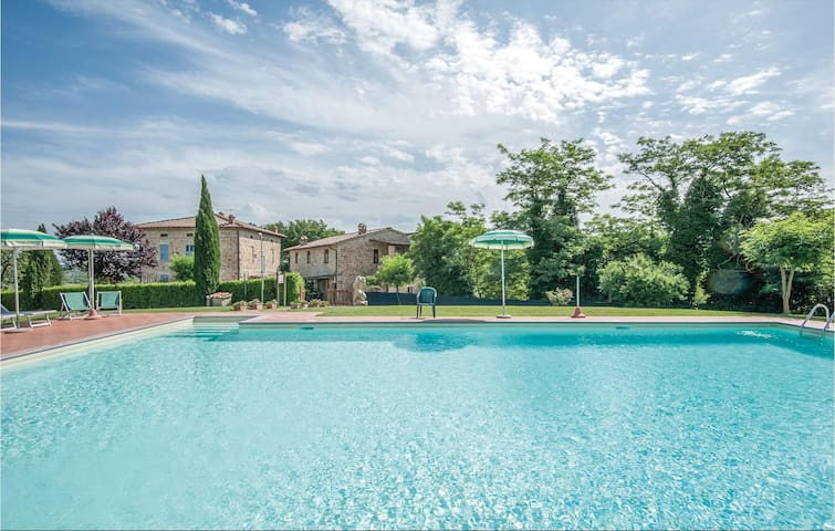 Holiday apartment with 1 bedroom on 35m² in Casole d'Elsa SI