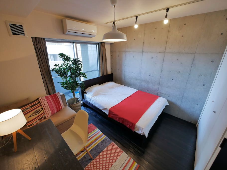 Comfortable room w cool furniture apartments for rent for Furniture rental japan