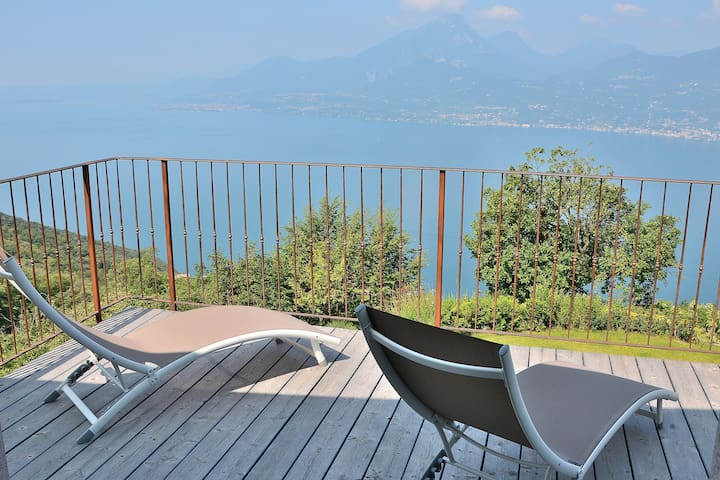 Rural House With Stunning Lake Views Up to 8 Pax - Brenzone sul Garda - Villa