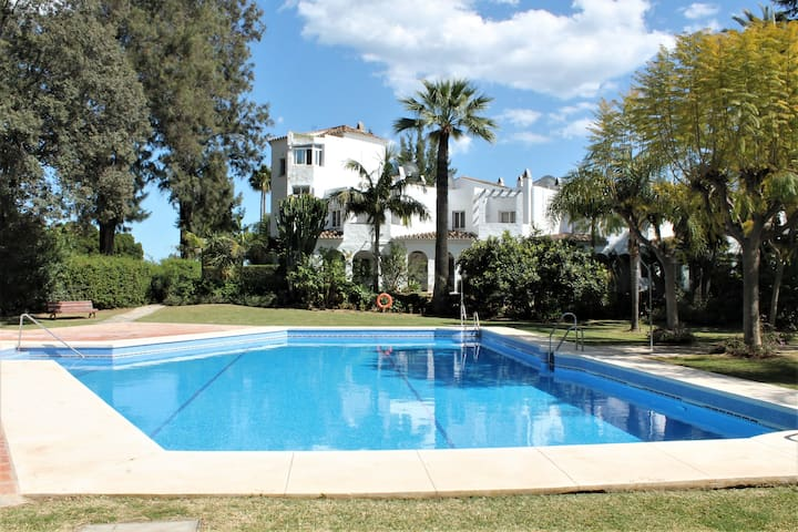 Nice apartment with Golf views and swimming pool