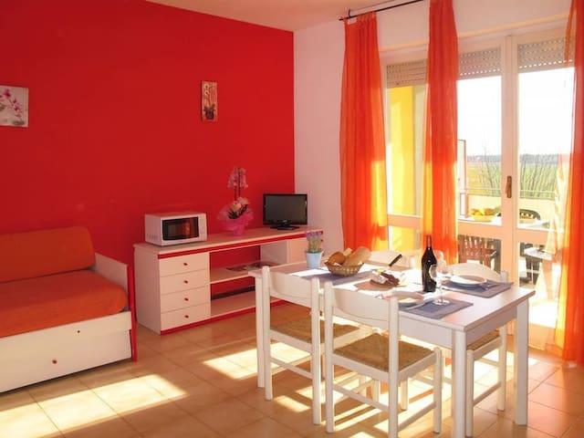 Bilocale 4 posti letto # 30 - Luni Mare - Wohnung