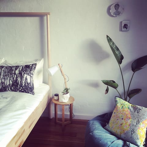 IDEAL WEEKENDER STUDIO APARTMENT. - McCrae - Apartamento