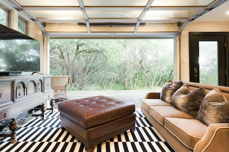 Luxurious Austin Hill Country House on 2 Acres Near the Lake