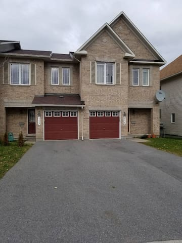Spacious house in a quiet neighborhood