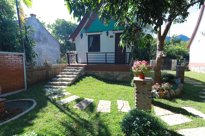 Tropical Valley Homestay - Bungalow Double Room