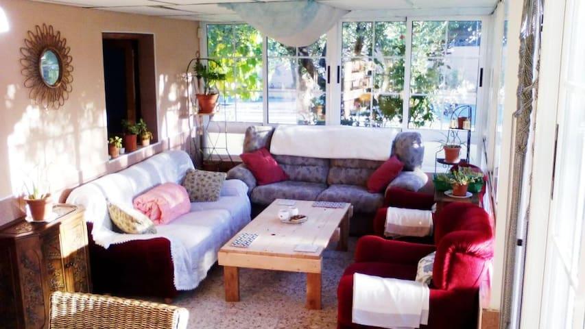 Habitación doble en casa de campo - Tibi