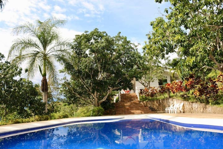 Jamaica - Casa Campestre con vista espectacular!