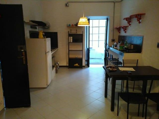 Appartamento in centro storico - Sarzana - Leilighet