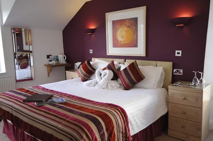 St John's Lodge Guesthouse - King Double Room (incl off-site health club), Windermere
