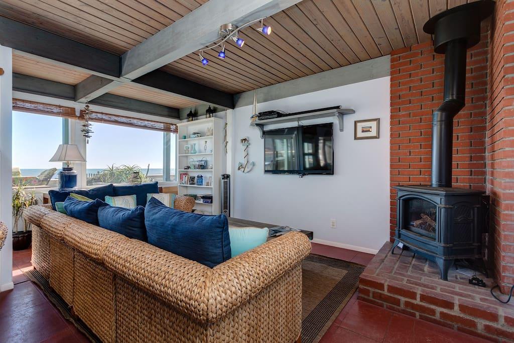 Oceanfront dolphin house on the sand maisons louer - La maison rincon bates aux etats unis ...