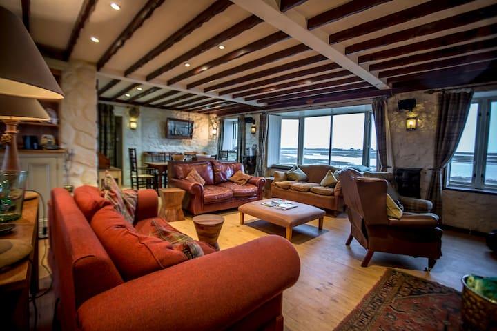 Foryd Waterside Cottage -Caernarfon