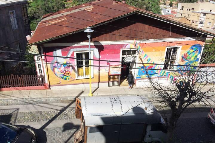 casa BEETHOVEN valparaiso
