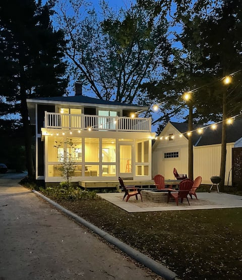 Sweet Summer! Completely Remodeled, and Beautiful!