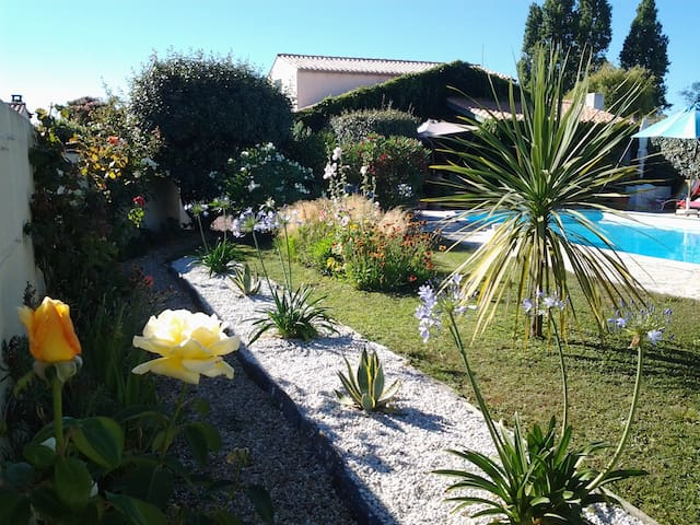Chambre dans village tranquille-île d'Oléron