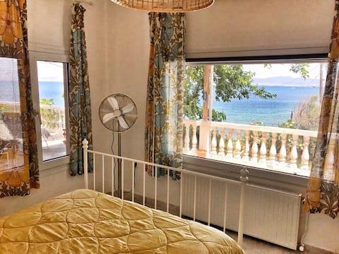 Dream house in  a big vintage villa by the sea!