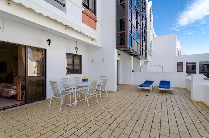 Appartment( for 4-5pax) with the pool and sea view - Albufeira - Apartment