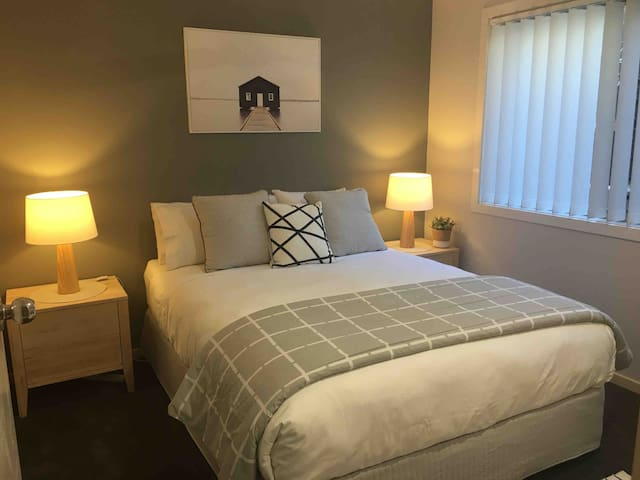 Our beautiful comfortable luxury Main bedroom has just been renovated. Brand new paint and soft luxury carpet underfoot.  1000TC sheets, luxury topper and bedding.  A perfect nights sleep is assured.