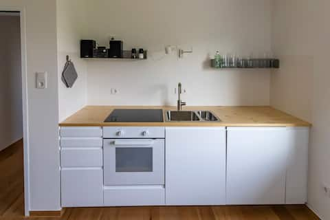 Cosy apartment with parking space, 10min to center