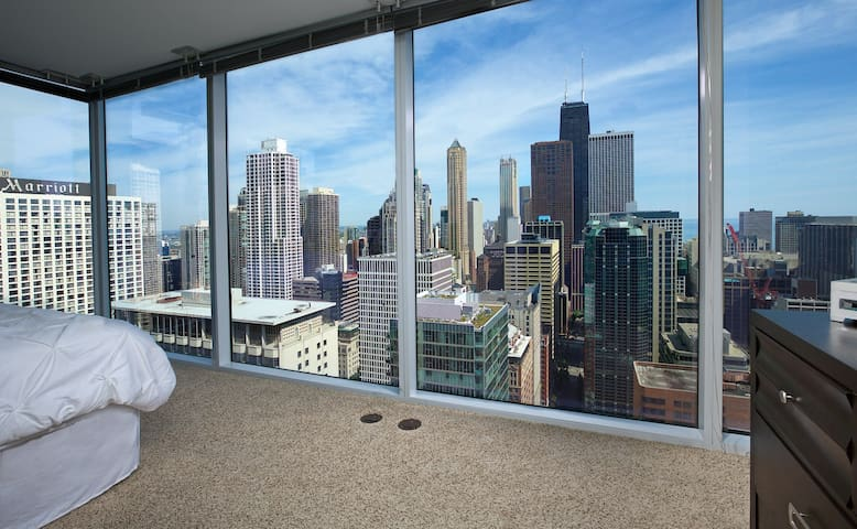 Magnificent Mile Home with Killer Views
