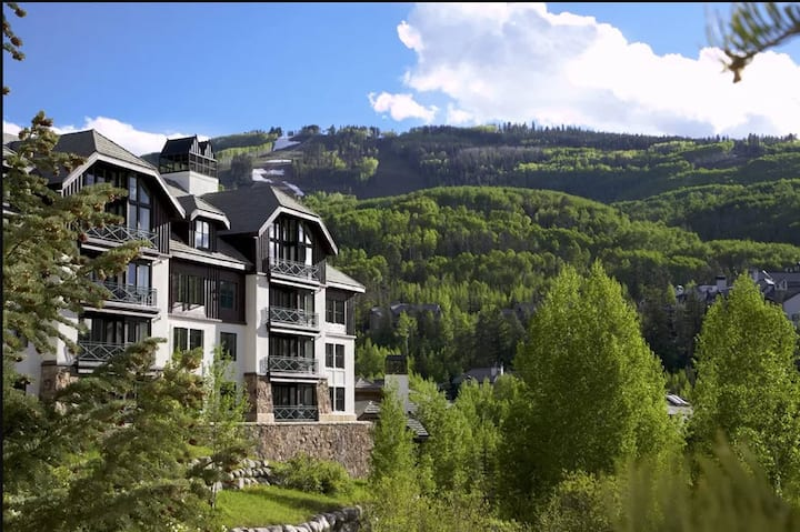 Ski in and Ski out condo at Hyatt Mountain Lodge