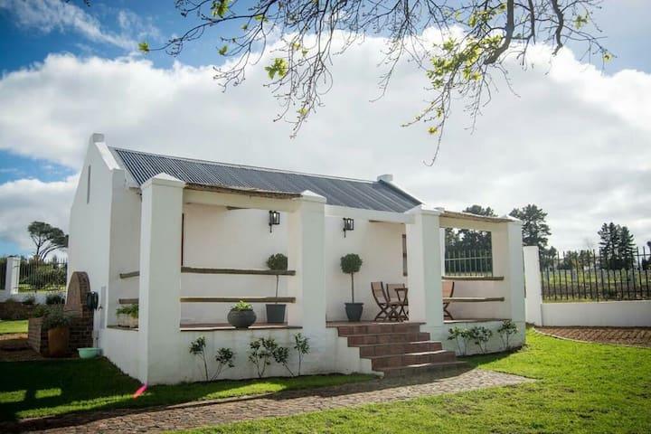 Winelands Historical cottage