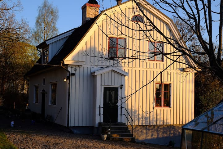 Great country-side villa in Gothenburg!