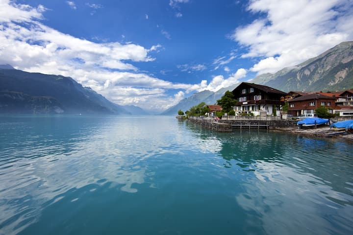 AL PORTO*****BEST PLACE-BEST VIEW-18km/ INTERLAKEN