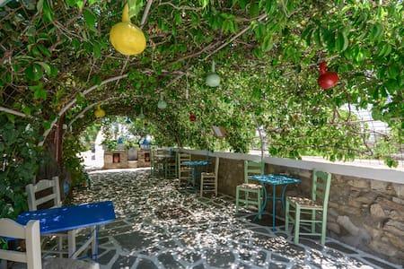 Studios Tasia - Agios Prokopios