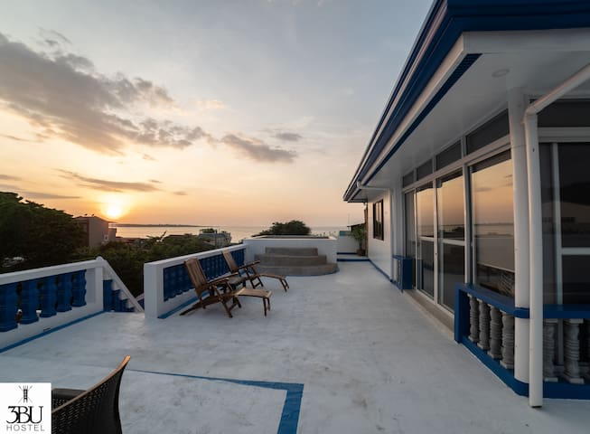 3BU Hostel La Union Penthouse Suite w/dipping pool