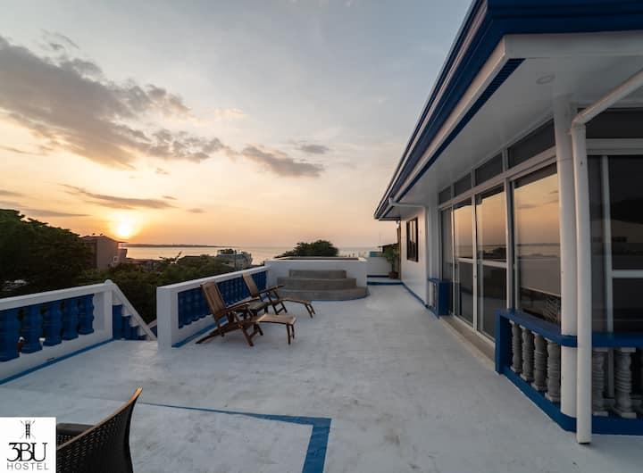 3BU Hostel La Union Penthouse Suite w/dipping pool
