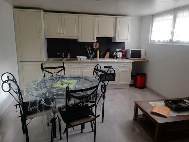 Proche Cattenom appartement 2 pièces dans  maison