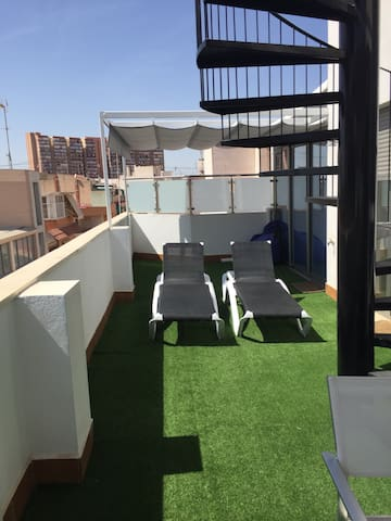 Big new centraly located penthouse - Alicante