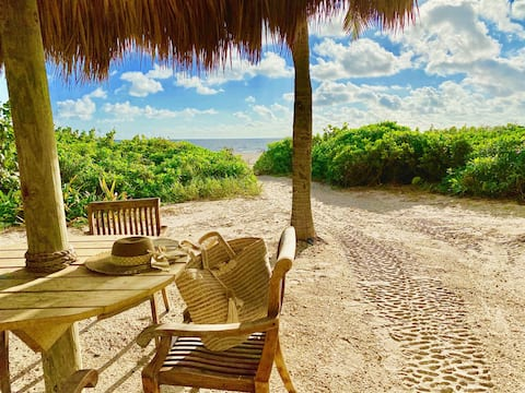 Beach front resort, water sports, fishing, pools, bar, gym,restaurants,tiki bar,