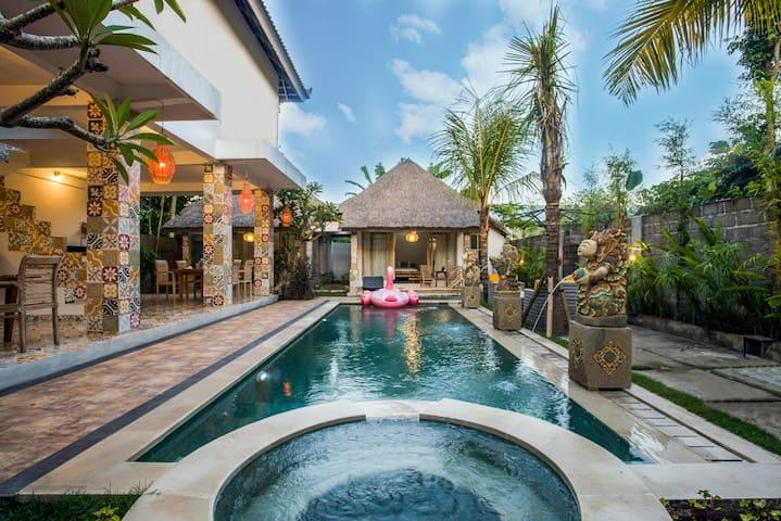 Ubud Dream-I: 2 private houses near the pool