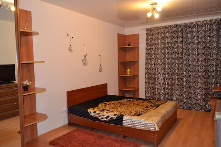 Уютная чистая квартира с WI-FI - Ростов-на-Дону - Apartamento