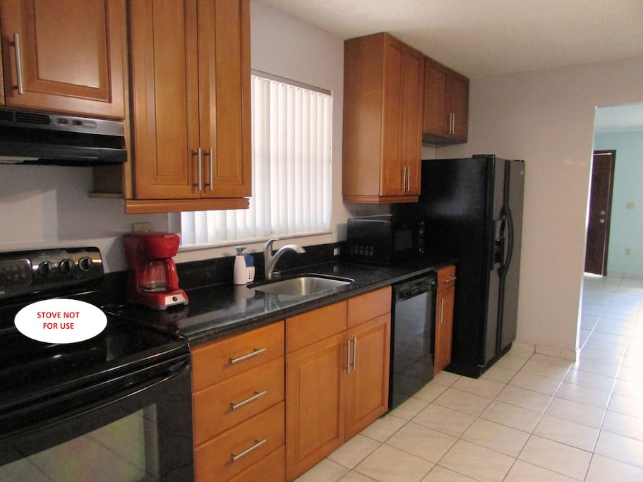 Fully equipped kitchen only for guest's use