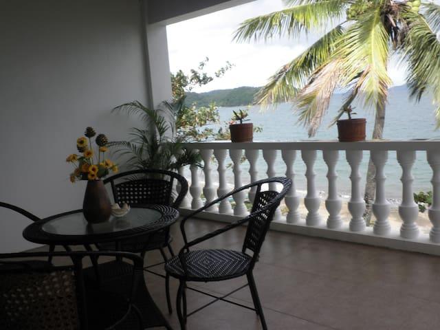 3 Bedroom Beachfront Apartment