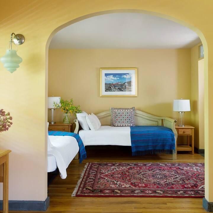 Menla Resort & Dewa Spa - Kathmandu Deluxe Suite 6