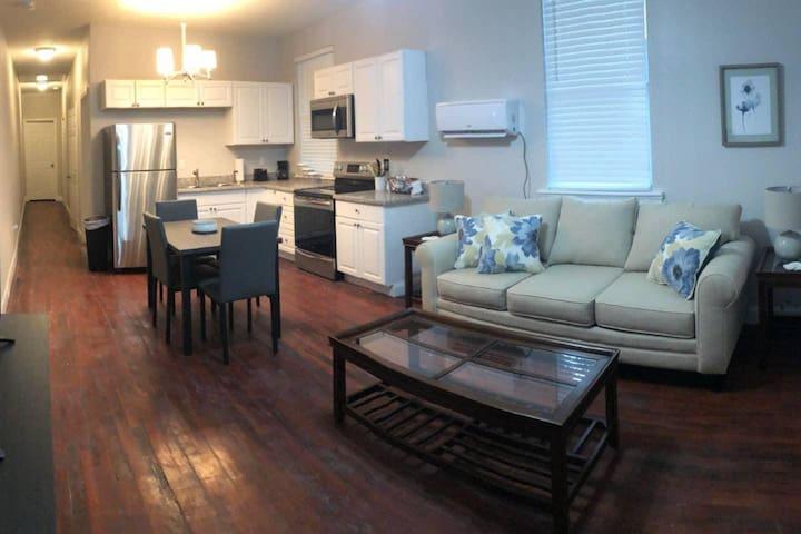 Saint Claude Newly Renovated Apartment!