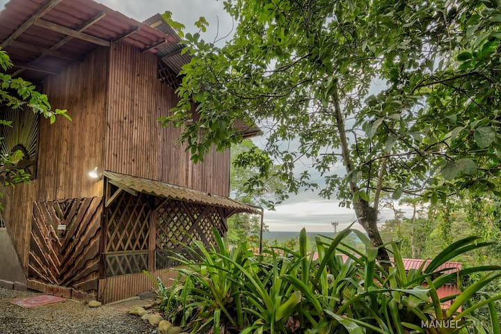 Jungle Cottage At Retreat Center & Free Daily Yoga